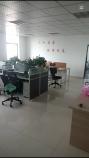 龙锦新天地 3室 1厅 1卫 办公设备齐全